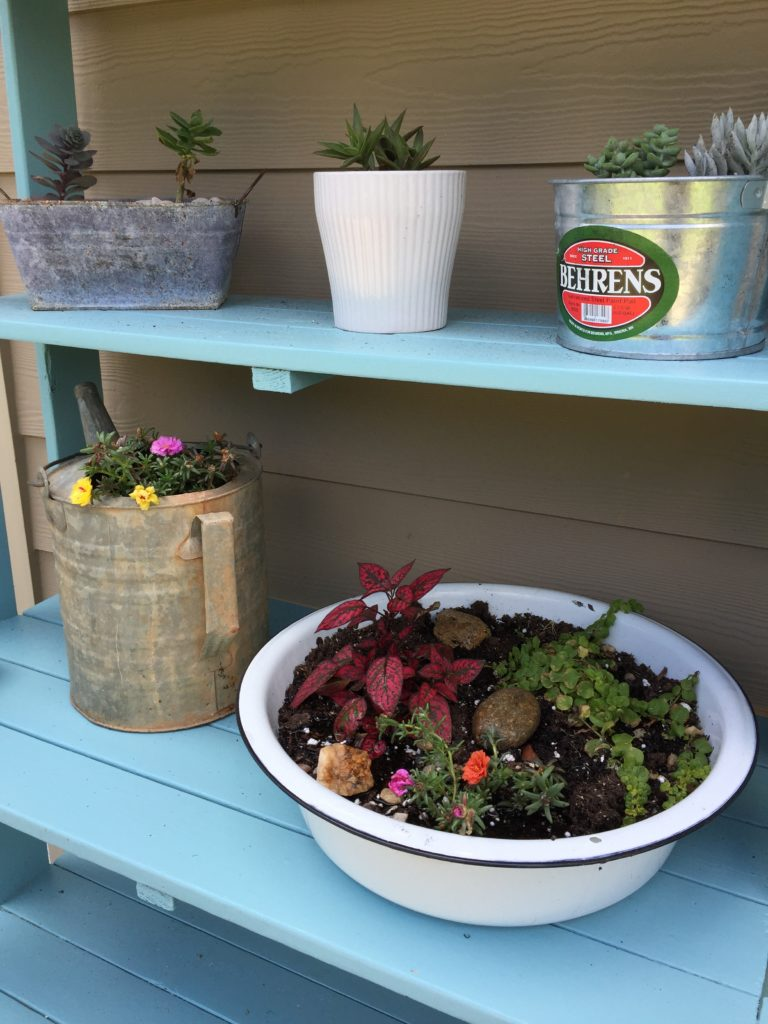 DIY farmhouse style planter enamelware