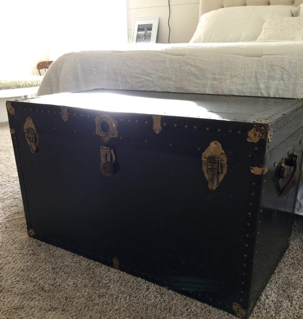 master bedroom vintage trunk