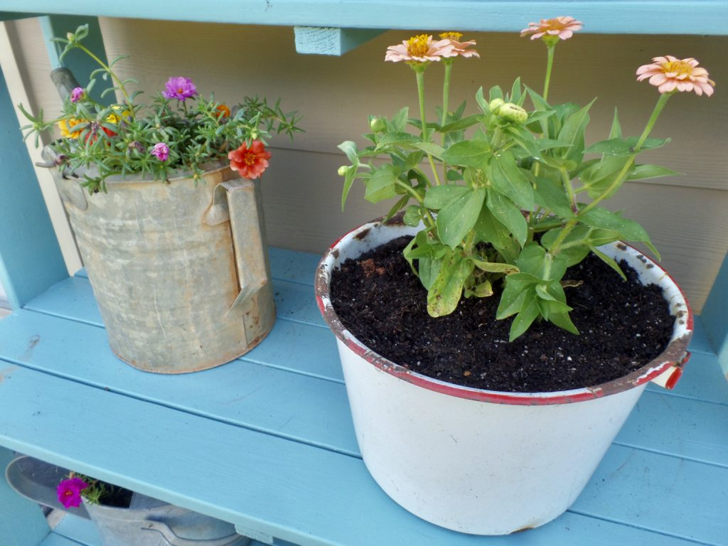 update a summer porch with thrift store finds