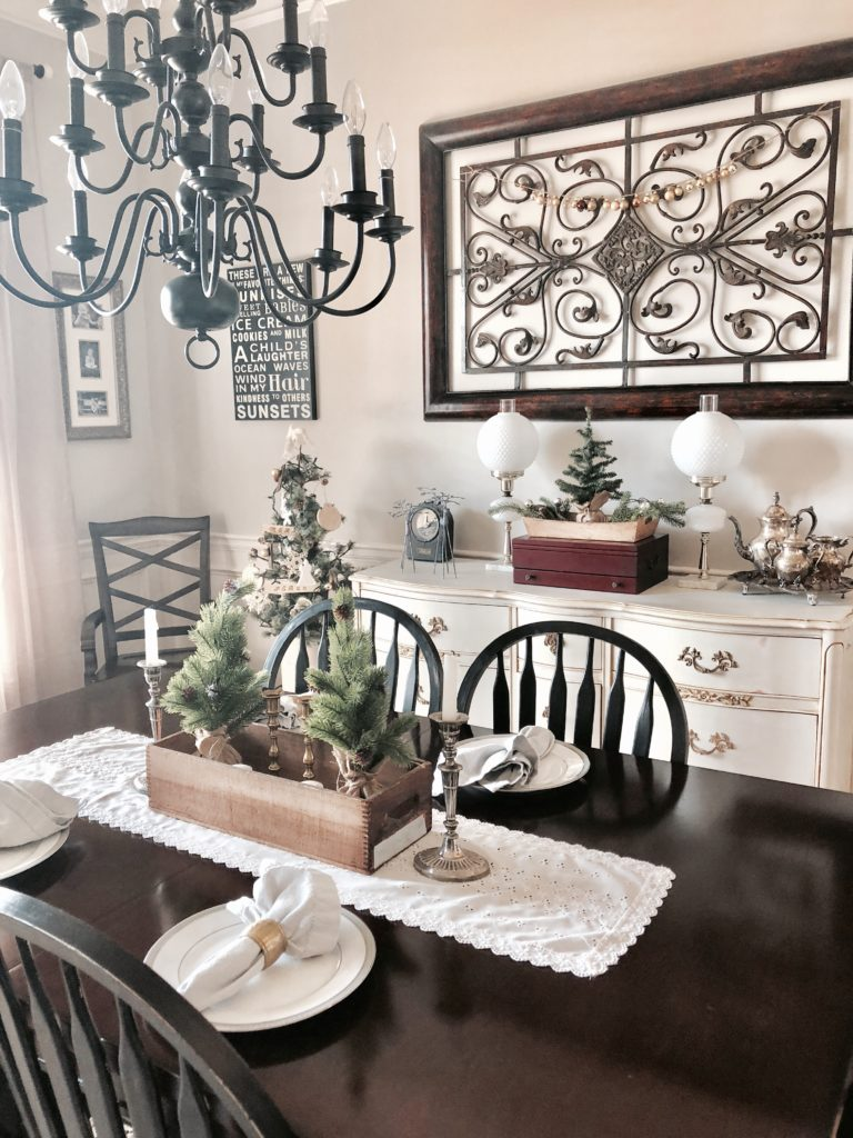 rustic gold silver and green Christmas dining room