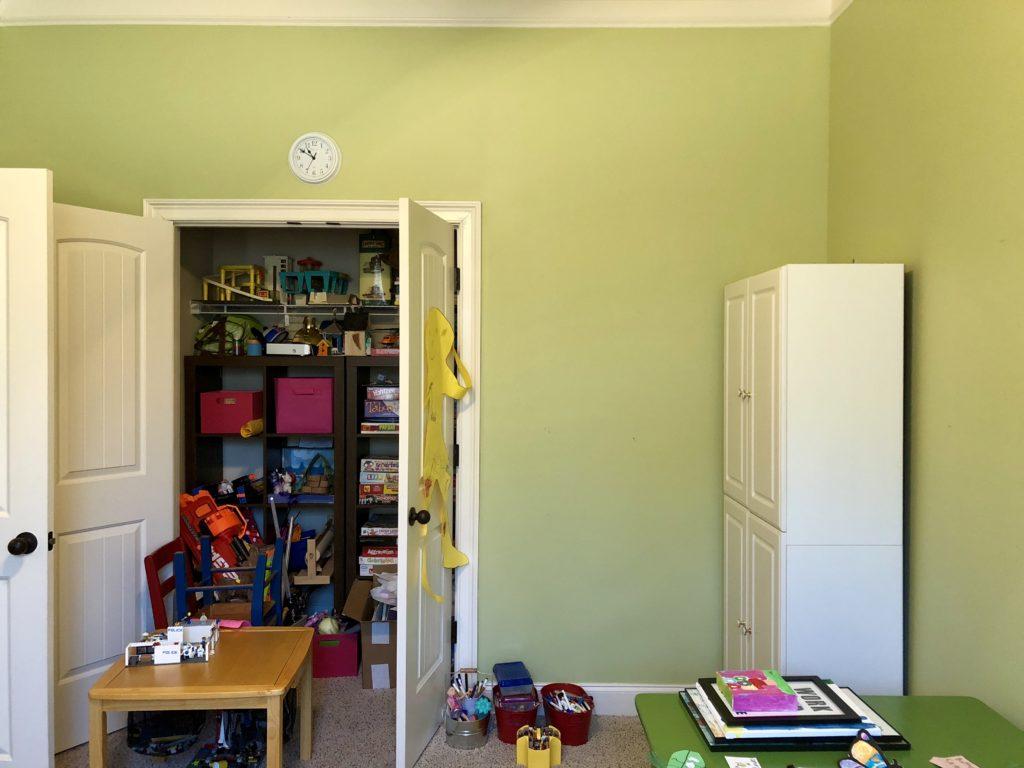 playroom decluttering challenge