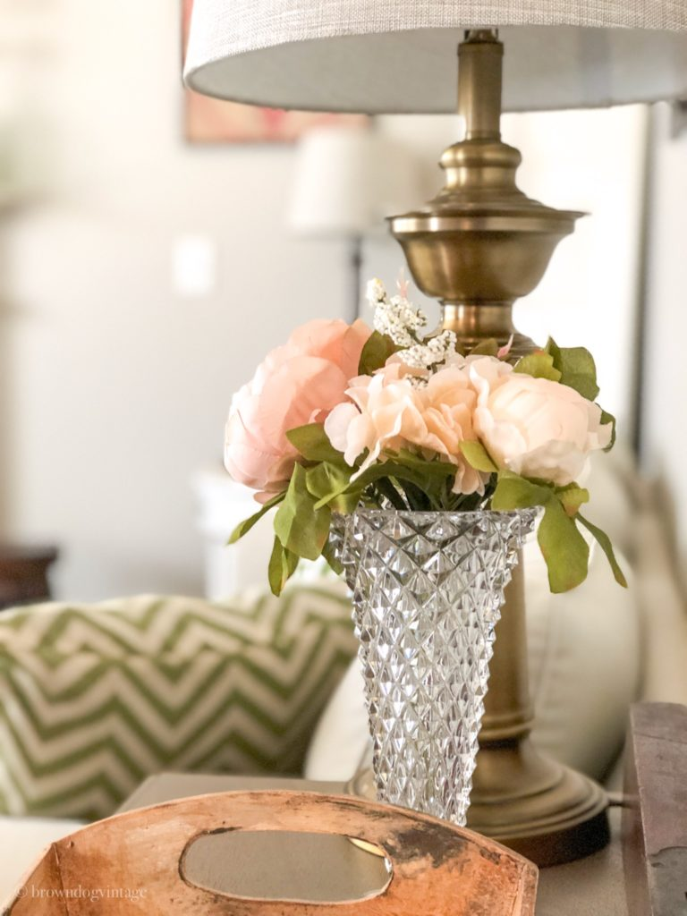 spring decorating ideas living room