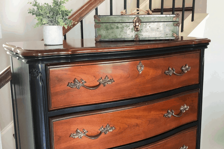 Thrifty DIY project - black dresser makeover