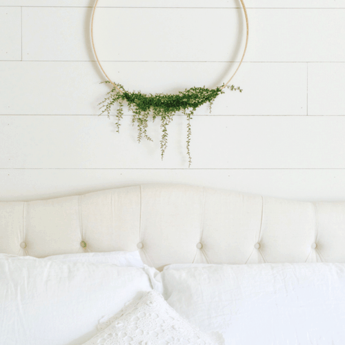 DIY wreath - thrifty decorating DIY projects