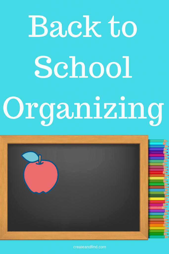 Organizing School Papers - Ways to stay organized through the year #createandfind #organizing #schoolpapers #backtoschool