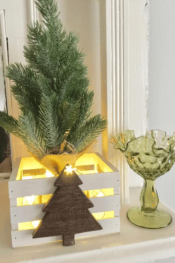 DIY Christmas decor - rustic farmhouse crates
