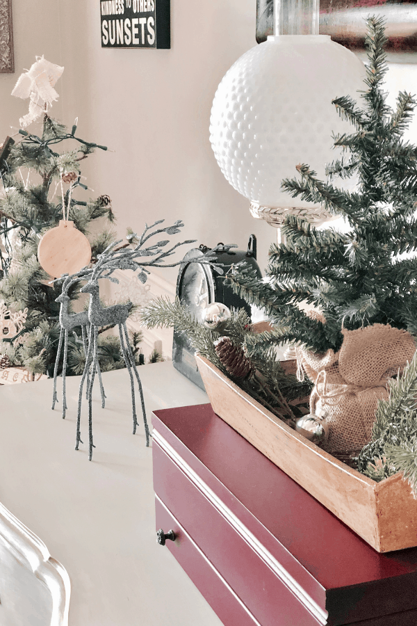 Simple homemade ornaments in a neutral Christmas dining room #createandfind #diyprojects #homemade ornaments