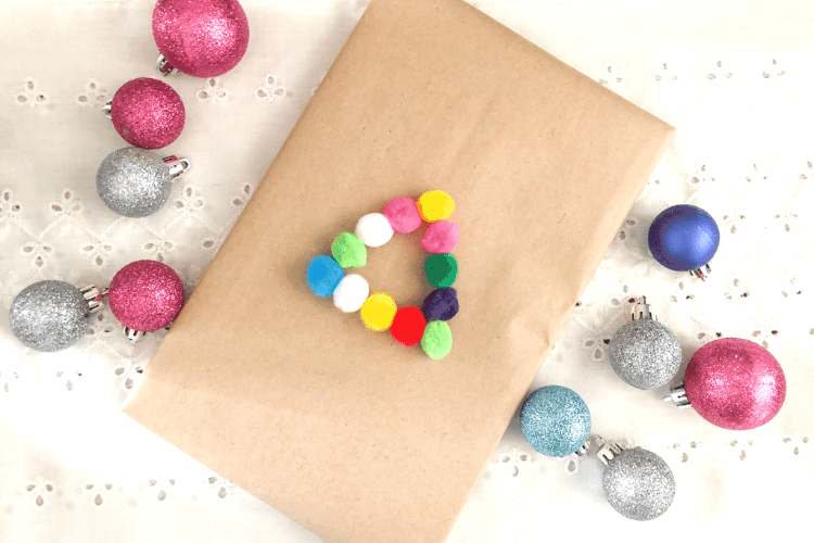 Christmas wrapping ideas - festive and easy ideas to wrap your gifts in style this year!