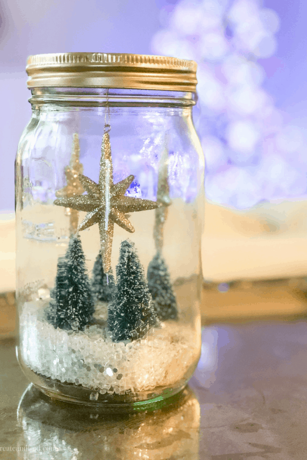 DIY Snowglobes - an easy Christmas craft for kids #createandfind #christmascrafts #easychristmascrafts