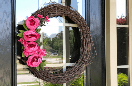 DIY Front porch decor - summer wreath with peonies
