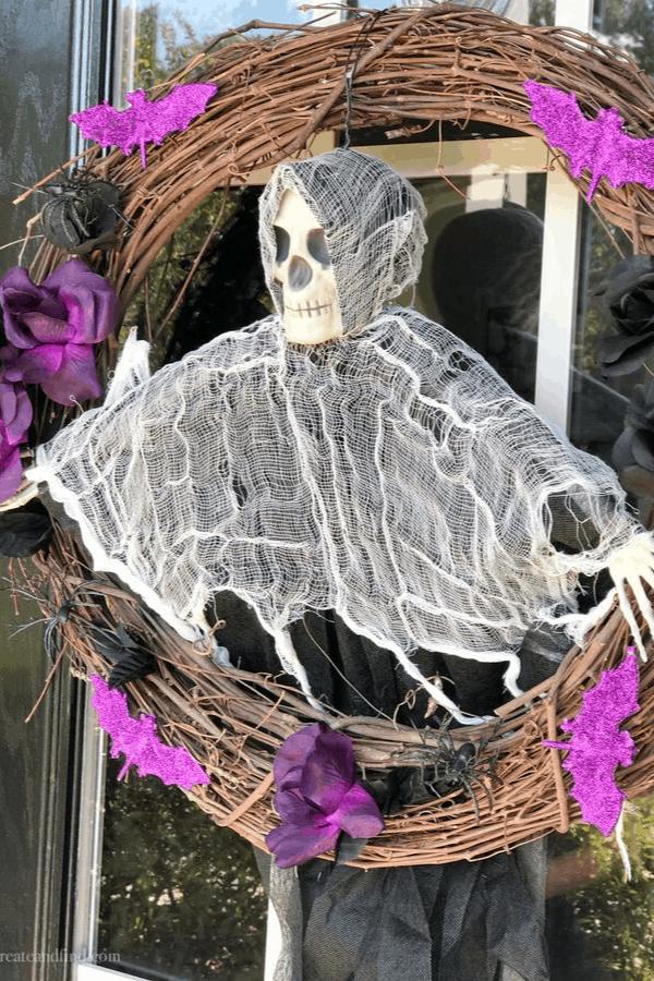 DIY Skull Wreath