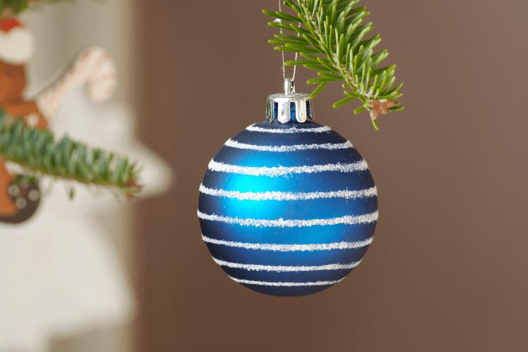 21 Amazing DIY Christmas Ornaments