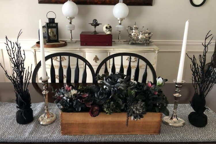 DIY Cheap Halloween Centerpiece using fake flowers and spray paint